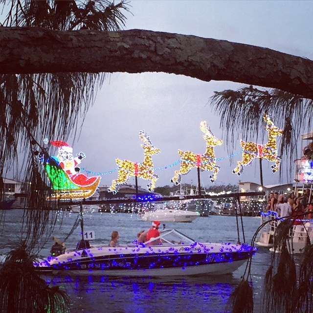 Thank you to all the amazing boaties who decorated their boats! You bring so much joy to so many families ?. #mooloolababoatparade #mooloolaba #christmas #familyfriendly #fun Louise x