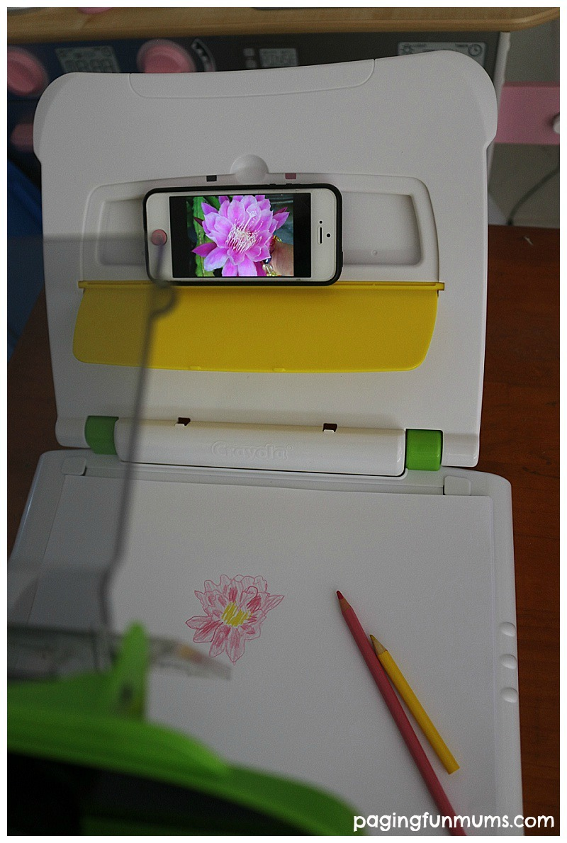 Using the Crayola Scetch Wizard to sketch from a mobile phone or tablet! Cool idea!