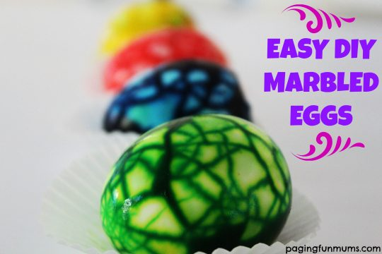 Easy DIY Marbled Eggs