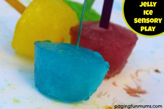 Jelly-Ice-Sensory-Play
