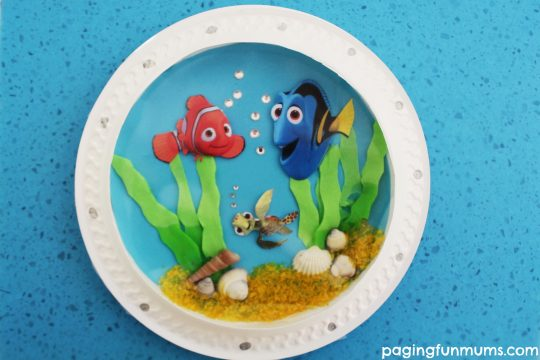 Adorable Finding Dory Inspired Porthole Fish Craft