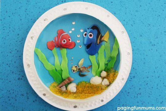 Adorable Finding Dory Inspired Porthole Fish Craft