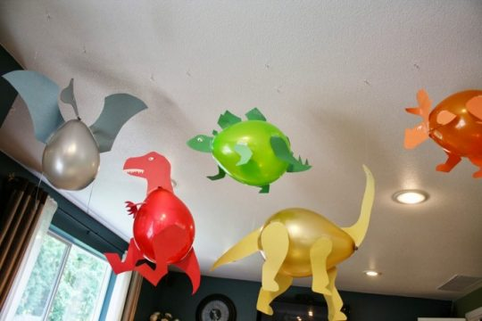 Dinosaur Balloon Craft idea!