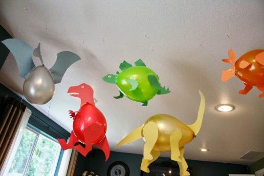 Dinosaur Balloon Craft idea!