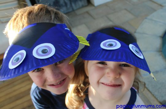 How adorable are these DIY Finding Dory Visors
