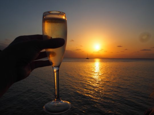 Sunset & bubbles!